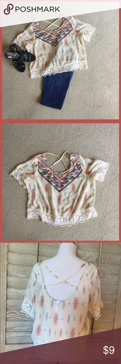 🏵AZTEC PRINT TOP WITH LACE TRIM🏵 Xhilartion roomy Indian print top Tops