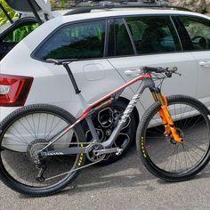 Bicycle Race, Mtb Bike, Xc Mountain Bike, Cross Country Bike, Mtb Clothing, Lower Leg Muscles, Montain Bike, Push Bikes, Bicycle Design