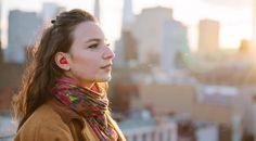 Elektronický tlmočník Pilot firmy Waverly Labs vznikol kvôli šarmantnej Francúzke Elodie