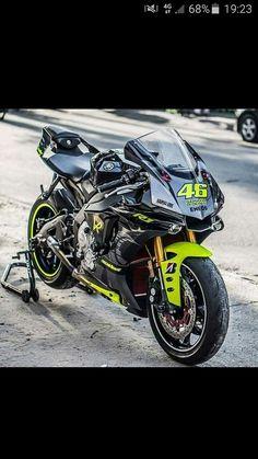 #Yamaha #R1 #2015