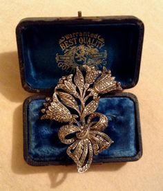 LOVELY-1940-50s-VINTAGE-FLORAL-MARCASITE-BROOCH-STERLING-SILVER/35ppp
