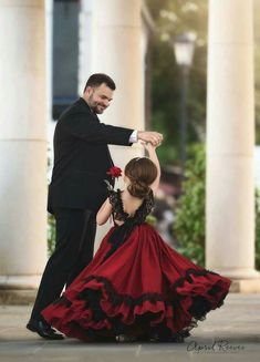 Step into the luxurious world of little girls gowns by Anna Triant Couture and experience the magic of innovative style in every perfect stitch. Little Girl Gowns, Gowns For Girls, Little Girl Dresses, Girls Dresses, Black Flower Girl Dresses, Flower Girls, Father Daughter Photos, Mother Daughters, Mother Son