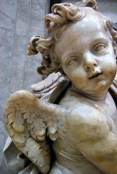 cherub in St. Peter's Basilica in Vatican City I Believe In Angels, Ange Demon, Cemetery Art, Desenho Tattoo, Angels Among Us, Angel Statues, Mystique, Angels In Heaven, Guardian Angels