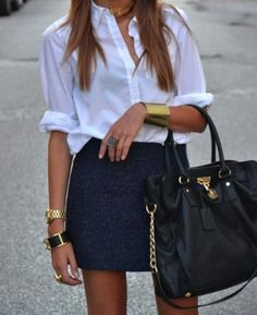 Perfect summer outfit with pops of gold, and a girl's best friend: a classy black bag