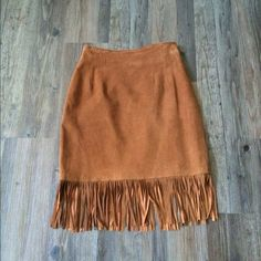 """✨REDUCED✨Vintage Lillie Rubin Suede Fringe Skirt Vintage size 8, fits like a modern size 4. Professional Dry Clean Only.  Sits at the natural waist. Fitted silhouette. Straight, fringe hem falls above the knee. Hidden back zip. Lined. Great condition! Waist 27"""" Hips 37"""" Length 18"""" Length With Fringe 23"""". Love this skirt, it's so cute on and definitely one of my favorite pieces!! Offers welcome! EREZ Lillie Rubin Skirts"""