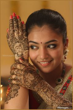 Actress Nazriya Nazim Beautiful in Thirumanam Ennum Nikkah Tamil Movie Hd Photos, Girl Photos, Dream Cast, Nazriya Nazim, Mehendi Outfits, Wedding Couple Poses Photography, Heroine Photos, Beautiful Girl Photo, Beautiful Women