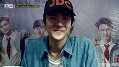 Find images and videos about kpop, exo and sehun on We Heart It - the app to get lost in what you love. Short Stories, Baekhyun, We Heart It, Wattpad, Captain Hat, Mens Sunglasses, Kpop, Books, Image