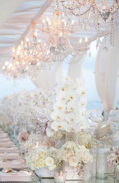 Karen Tran beautiful floral decor   Floral decor  #weddingdecor #floraldecor #wedding #weddingflowers #2015wedding