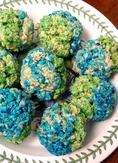 Preschool Crafts for Kids*: Earth Day Rice Krispie Treats Recipe Edible Crafts, Food Crafts, Preschool Crafts, Crafts For Kids, Preschool Snacks, Preschool Ideas, Craft Ideas, Teaching Ideas, Food Ideas