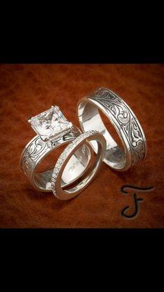 Love This Set Is It Western Wedding Ringsrustic