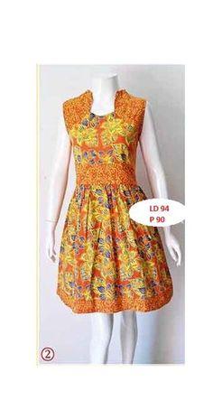 Dress batik cantik dengan warna dasar oranye dan motif batik cap bunga bercorak biru, aksen bagian lengan dan rok melebar. Bahan katun, all size fit to L, LD 94 cm, P 90 cm, ristleting belakang.