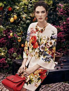 Vittoria Ceretti In Dolce & Gabbana By Federico de Angelis For Marie Claire Kuwait and Arabia Moda Fashion, High Fashion, Womens Fashion, Vogue, Chanel, Mode Editorials, Floral Fashion, Fall Winter 2014, Mannequins
