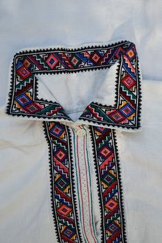#Ukraine #embroidery Men's shirt