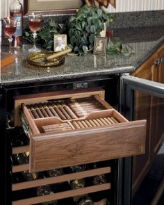 Crazy idea for the bar in the man cave - cigar humidor with wine cellar. Cigar Humidor, Cigar Bar, Cigar Club, Cigars And Whiskey, Pipes And Cigars, Cuban Cigars, Ultimate Man Cave, Cigar Room, Man Cave Home Bar