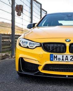 BMW F82 M4 Individual Speed Yellow