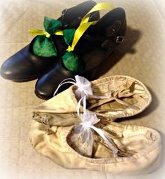 Easy inexpensive shoe sachets to conquer smelly dance shoes.