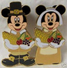 Mickey and Minnie collectible pin have this went there for thanksgiving 2008