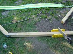 Comment fabriquer son support à hamac en bois ? - La maison du Sart Fire Pit Bench, Support, Pallet Furniture, Garden Tools, Deco, Gardens, Hammocks, Wood, Piscine Hors Sol