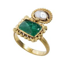 Double Gemstone Ring, ca. 300, Byzantine. Gold, pearl, emerald: Height of bezel 25 mm.; diameter inner hoop 20 mm.; weight 8.3 gr. Griffin Collection © The Metropolitan Museum of Art.