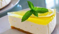 #cheesecakeculamaie#cheesecake#lamaie#mascarpone#jelei#desertdevara#desertracoros#biscuitidigestivi#u nt#gelatina#jeleudelamaie# Romanian Food, Biscuit, Panna Cotta, Cheesecake, Deserts, Food And Drink, Pudding, Sweets, Ethnic Recipes