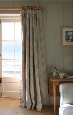 Shalini curtains For a relaxing bedroom 'Evening Seas' by Susie Watson Designs creates a lovely tone that is very easy on the eye. Window Treatments Living Room, Living Room Windows, Fabric Blinds, Curtains With Blinds, Cottage Hallway, Cottage Curtains, Sitting Room Decor, Cushions To Make, Living Room Inspiration