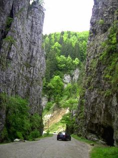Romania's gorges (Chei in Romania) Transylvania Romania, Top Destinations, Tuscany Italy, Black Sea, Scenery, Places To Visit, Around The Worlds, Country Roads, Europe