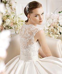 Patten Wedding Dress I love the back