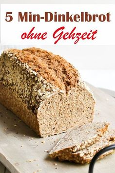 Dinkelbrot mit einer Zubereitung von nur 5 Minuten, dann kommt das Brot direkt i… Spelled bread with a preparation of only 5 minutes, then the bread comes directly into the oven and is baked for about 50 minutes, no walking time needed before. Easy Cake Recipes, Pumpkin Recipes, Pizza Recipes, Bread Recipes, Baking Recipes, Cookie Recipes, Dinner Recipes, Dessert Recipes, Desserts