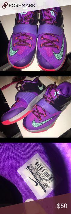 KDs Sz 6.5Y KD Shoes Athletic Shoes