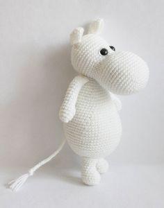 Amigurumi Moomintroll - patrón de crochet libre