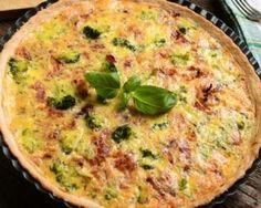 Quiche légère à la semoule, au brocoli et au jambon : http://www.fourchette-et-bikini.fr/recettes/recettes-minceur/quiche-legere-la-semoule-au-brocoli-et-au-jambon.html