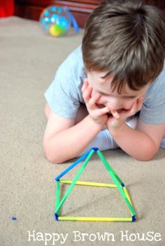 Totally Tots: Shape Builders ~ Simply Made Make your own straw builders! Why didn't I think of that?