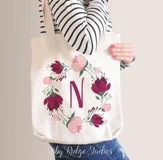 Personalized Floral Tote Bag Bridesmaid Tote Bag - Burgundy and Blush Bridesmaid Tote Bags, Bridesmaid Gifts, Floral Tote Bags, Diy Tote Bag, Monogram Tote, Cotton Bag, Fabric Painting, Handmade Bags, Canvas Tote Bags