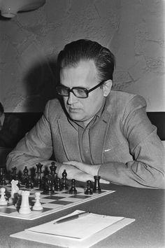 Bent Larsen, winner of the Capablanca Memorial 1967 in Havana Chess Players, Abstract, Havana, Cuba, Board, Life, Strong, Chess, Buenos Aires
