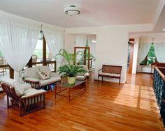 Ide Desain Ruang Keluarga Sederhana Dengan Lantai Kayu
