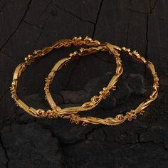 Gold Chain Design, Gold Bangles Design, Gold Jewellery Design, Fancy Jewellery, Bead Jewellery, Fashion Jewellery, Gold Bangles For Women, Gold Plated Bangles, Jewelry Design Earrings