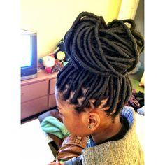 Faux dreads so gorge Faux Dreads, Dreadlocks, Twists, Twist Braids, Weave Hairstyles, Cute Hairstyles, Protective Hairstyles, Curly Hair Styles, Natural Hair Styles