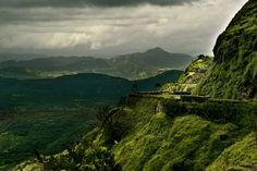 Let's take a look at some of the topmost destinations you can consider with best honeymoon packages for Maharashtra.