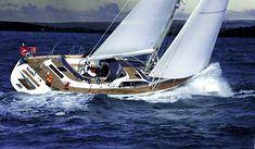 Sunbeam 53.2 im tiefblauen Meer. #yachting