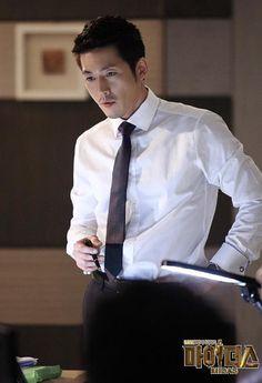 So clean & handsome 😍😍😍 Korean Male Actors, Asian Actors, Korean Celebrities, Korean Face, Korean Men, So Ji Sub, Go Kyung Pyo, Jong Hyuk, Jang Nara