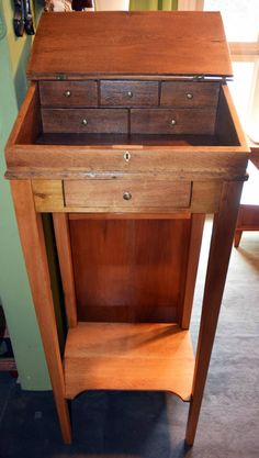 Stehpult, Eiche, ca. 1830 Woodworking Desk, Writing, Reading, Closet, Furniture, Home Decor, Woodworking, Pedestal Desk, Tables