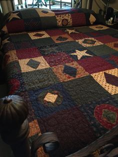 Country Living Queen Quilt by LovinStitchinandmore on Etsy