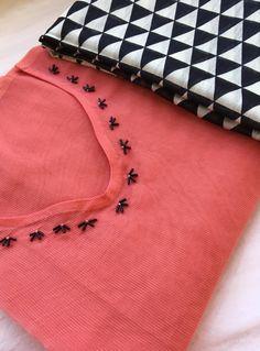 Embroidery On Kurtis, Hand Embroidery Dress, Kurti Embroidery Design, Embroidery Neck Designs, Embroidered Clothes, Hand Embroidery Stitches, Embroidery Fashion, Lengha Blouse Designs, Kerala Saree Blouse Designs