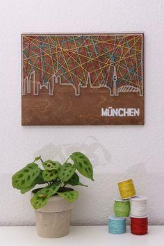 Wanddeko - Fadenbild der Skyline von München - ein Designerstück von schnuerstueck bei DaWanda