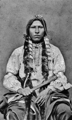 Tasina Luta (aka Red Blanket) from Cheyenne River Agency in South Dakota - Mniconjou - circa 1885