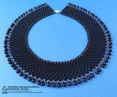 Fekete gyöngygallér - Nemesházi Gyöngymanufaktúra Beads, Beading, Bead, Pearls, Seed Beads, Beaded Necklace, Pony Beads