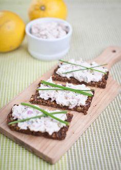 Tvaroh tuňáka vhodně doplňuje; Greta Blumajerová Sandwiches, Snacks, Food, Appetizers, Essen, Meals, Paninis, Yemek, Treats