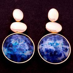 Brinco base ovais com redondo azul. Clique na imagem para comprar.