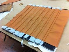 Diamond Tuck N'roll Upholstery | Klassisk Tuck n Roll med 3″ pipor till en Adler -37