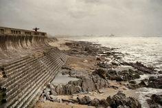 A Meia-laranja, lugar da Praia da Granja, S. Félix da Marinha, Vila Nova de Gaia. Estrutura em Semi-círculo, muito apreciada para fruir a paisagem